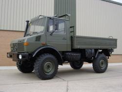 «Мерседес – Бенц» U-1300L