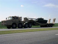 Колесные транспортеры танков