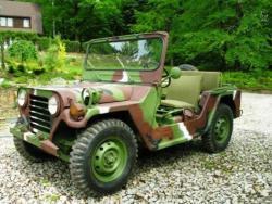 Форд М151.