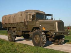 Мерседес-Бенц LG315/46